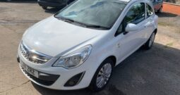 2011 VAUXHALL CORSA EXCITE AC 1.2 PETROL IN WHITE.